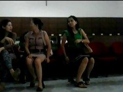 তরুণ বয়স: বাঙালি মেয়েদের সেক্সি ভিডিও অপেক্ষা একটি মহিলা ভ্যাম্পায়ার